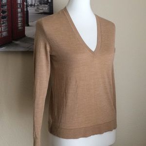 Zara v neck Tan Pullover